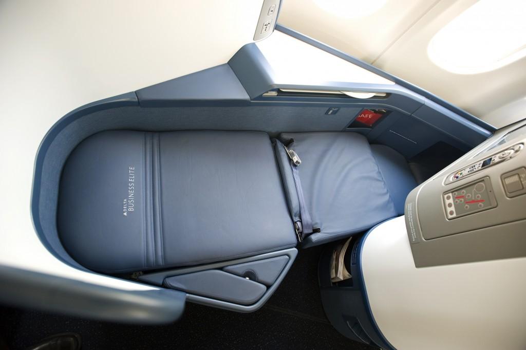 Delta A330 BusinessElite Seat