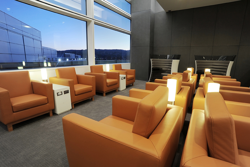 Cathay Pacific Lounge San Francisco - the 10 best airport lounges in the USA