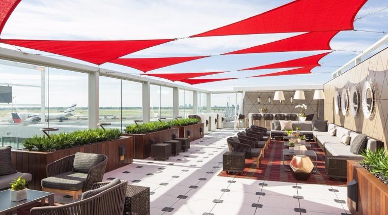 Delta-Sky-JFK-Airport-Lounge