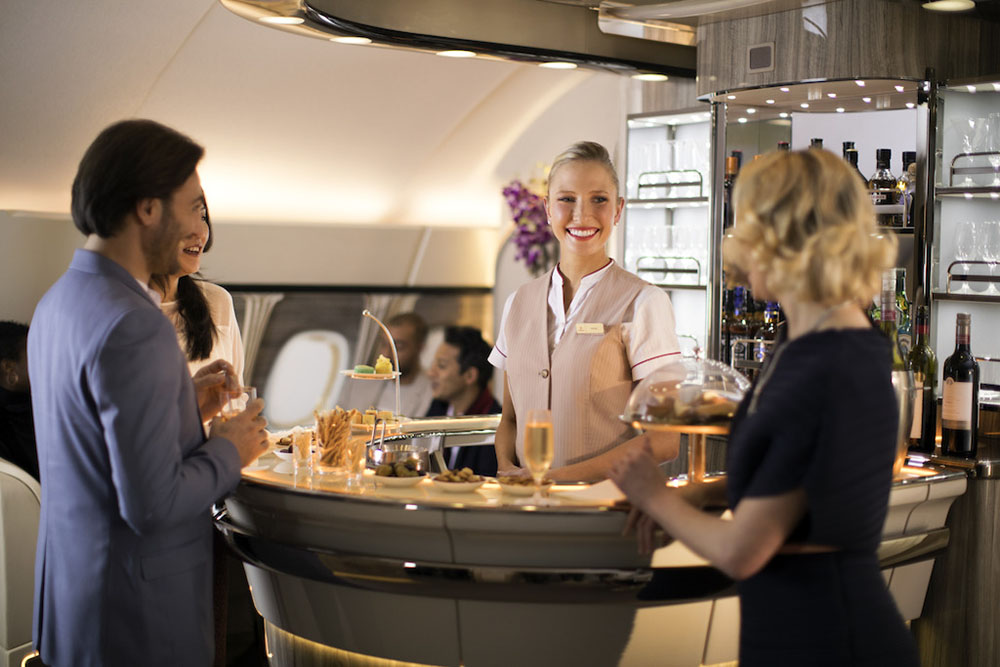 New-Emirates-A380-Onboard-Lounge