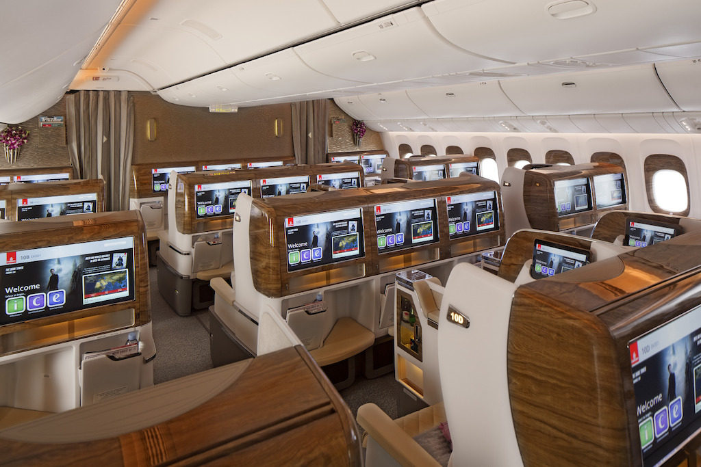Emirates-Business-Class-Cabin-on-Boeing-777---300ER-_2_