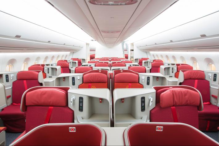 Hong Kong Airlines A350