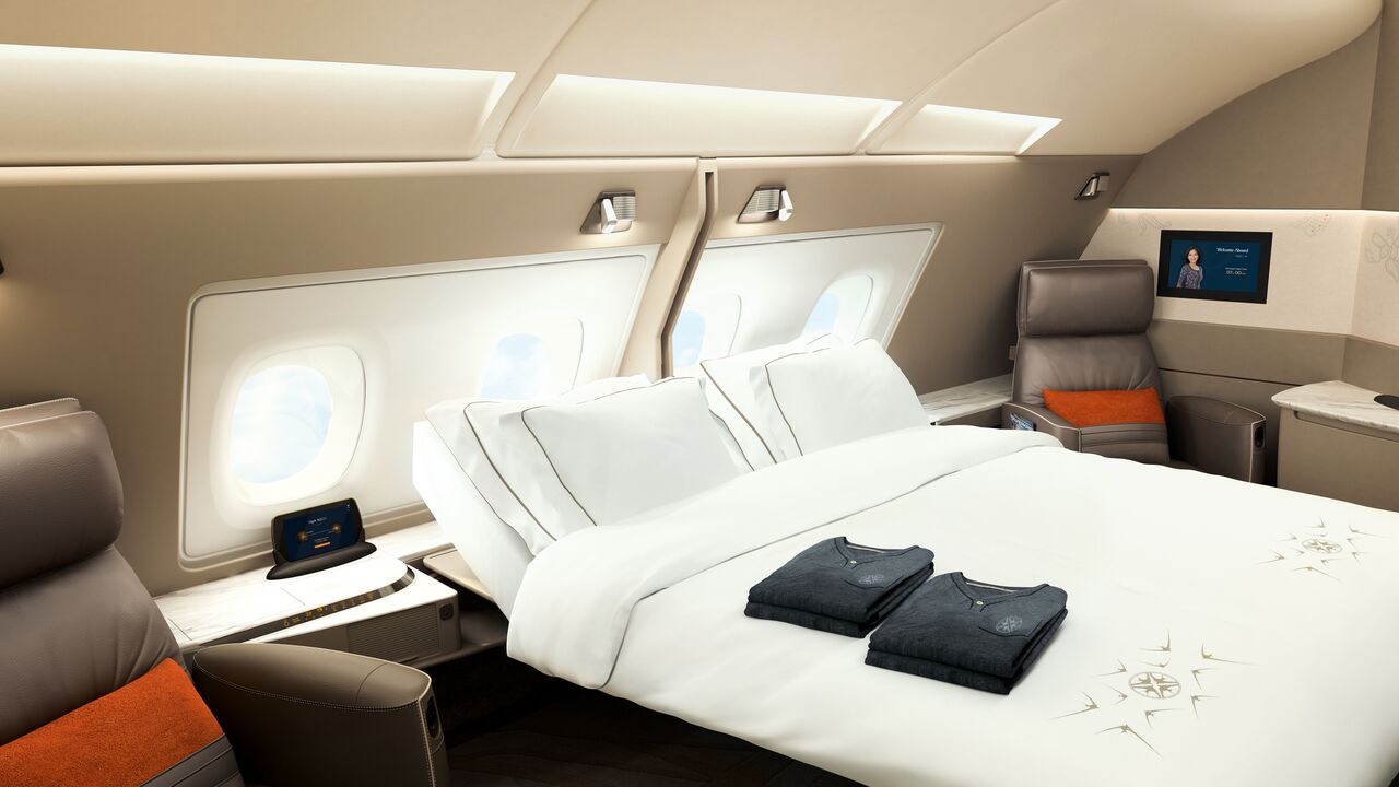Singapore Airlines Suites - Business class vs first class