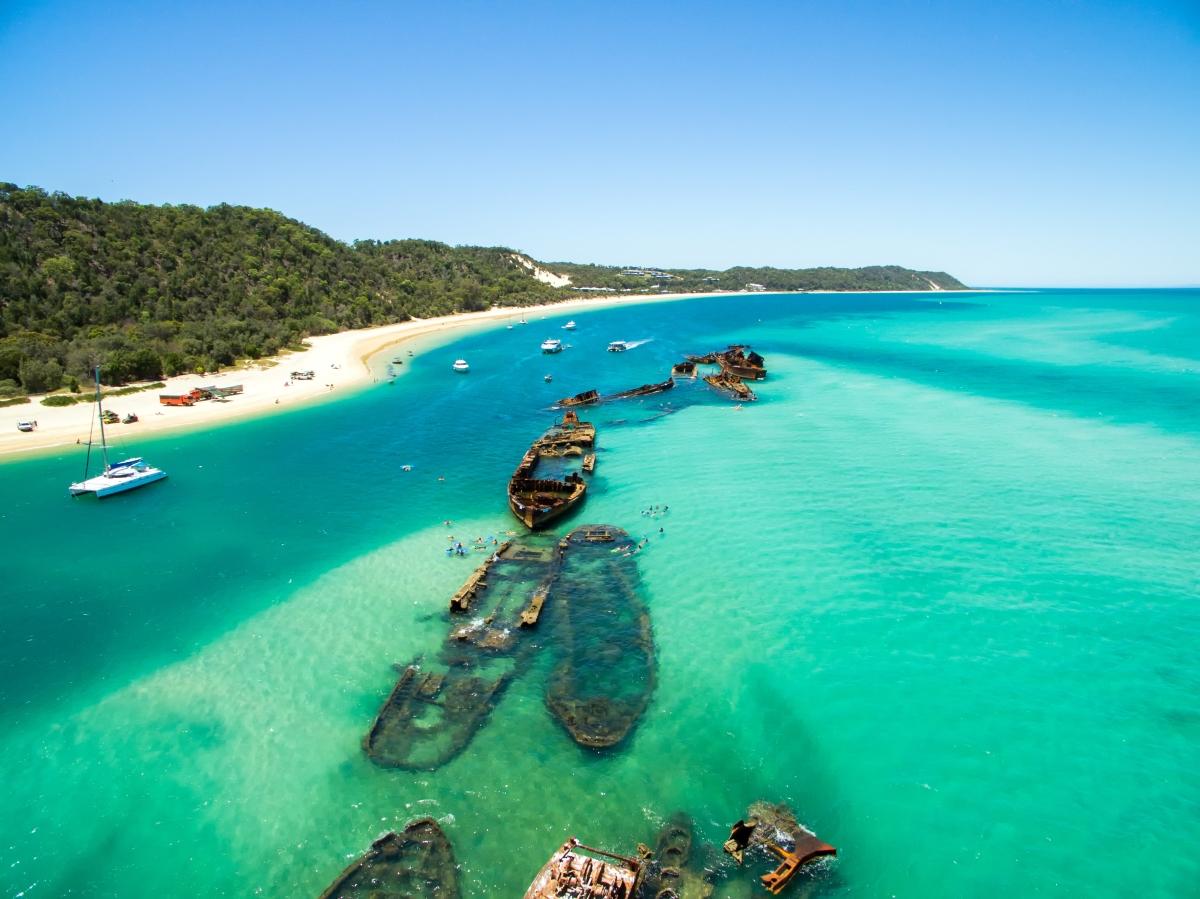 Brisbane - Tangalooma Wrecks